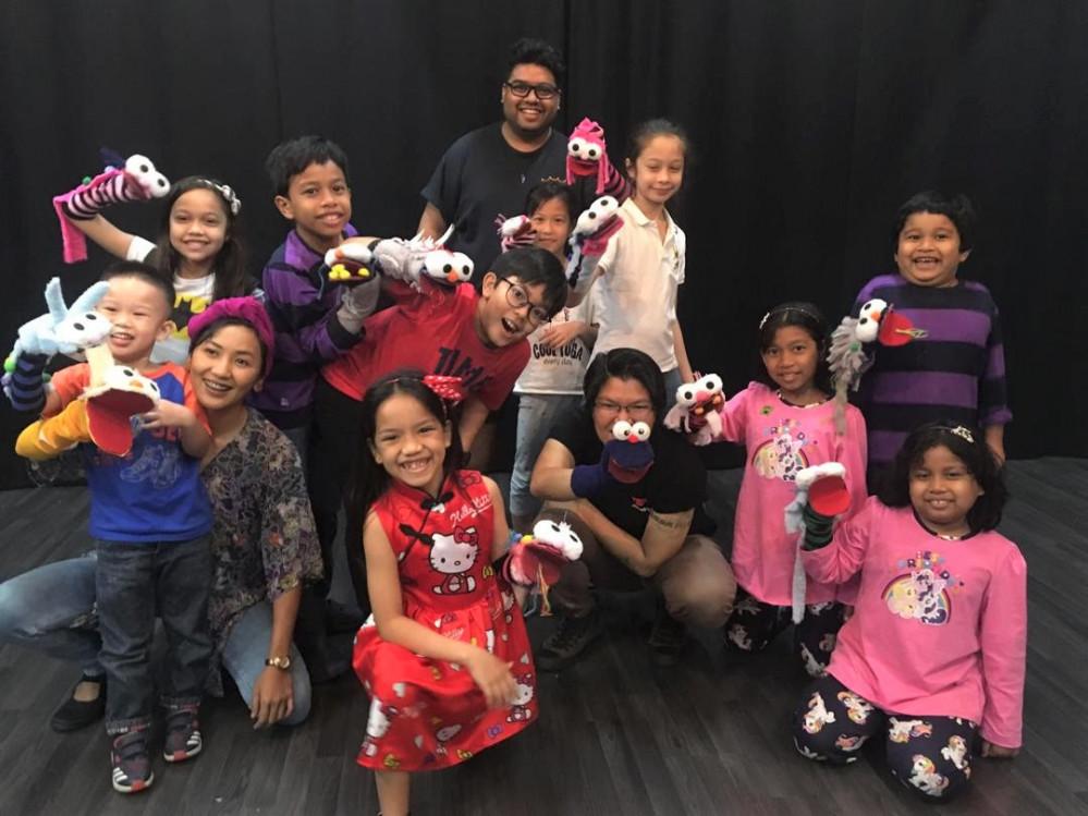 Kids Puppetry Storytelling Program